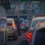 渋滞が発生する原因はブレーキや車間距離にあった!その理由とは?