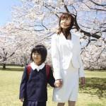 入学式の母親に相応しいバッグ・靴・コサージュなど小物の選び方